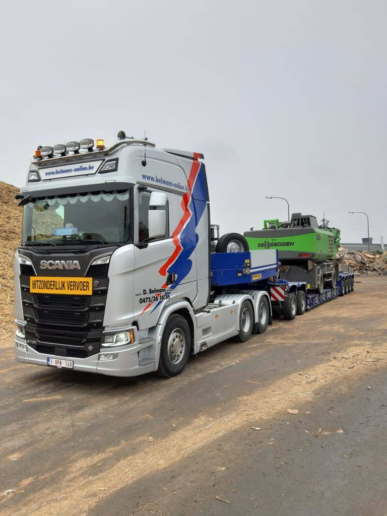 Vrachtwagen trekker 6×4 convoi Scania S730